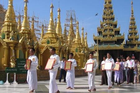 Všechno, co se blyští, je zlato: Barma