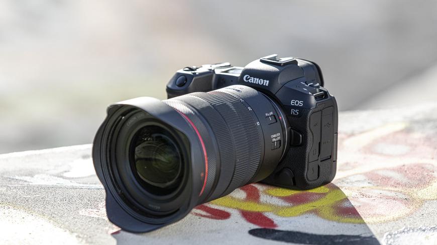 Systém Canon EOS R sa rozrastá o dve nové bezzrkadlovky a hneď niekoľko nových RF objektívov a telekonvertorov.