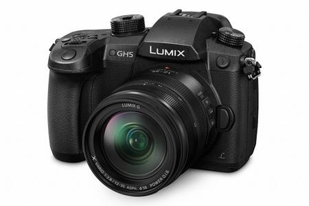 Panasonic predstavuje na CES 2017 nové fotoaparáty a objektívy