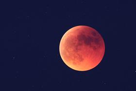 Zatmenie Mesiaca 27.7.2018