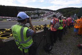 Ako vyzerá fotografovanie 24 hod. pretekov športových automobilov
