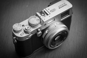 Premýšľate nad novým fotoaparátom? Nepremeškajte ponuku na X100F za bezkonkurenčnú cenu!