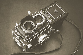 Dvojoké filmové zrkadlovky