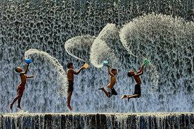 Magické fotografie hrajúcich sa detí z celého sveta