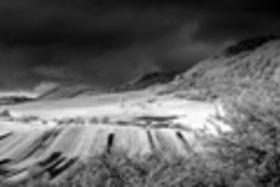 Špecifiká fotografovania ČB krajiny infra fotoaparátom