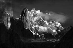 Prešiel som 120 míľ pohorím Karakoram, aby som vyfotografoval najnebezpečnejšie vrcholy sveta